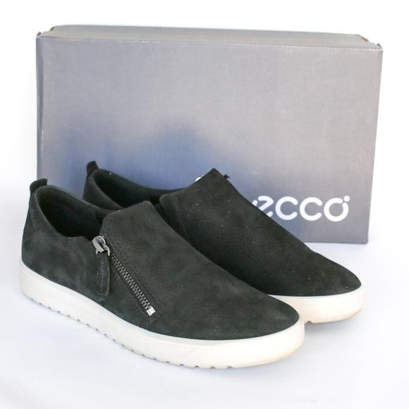 510f9f90da ECCO Black Nubuck Women's Fara Zip Fashion Sneaker
